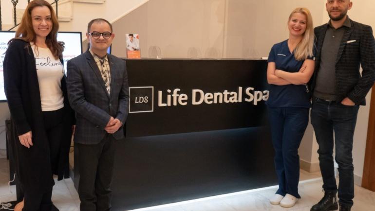 Domnul Mihai Căldăraru Directorul General al Direcției Generale de Asistență Socială și Persoane cu Dizabilități AEDOPS ROMÂNIA a încheiat un parteneriat cu societatea Life Dental Spa